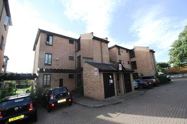 Thumbnail Flat to rent in Andace Park Gardens, Widmore Road, Bromley