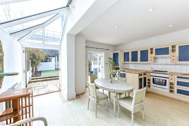 Thumbnail Town house for sale in Sternhold Avenue, London, London
