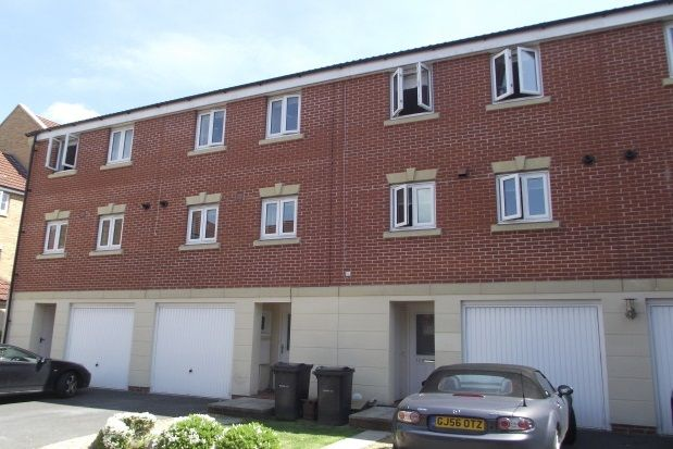 Thumbnail Property to rent in Dickinsons Fields, Bedminster, Bristol