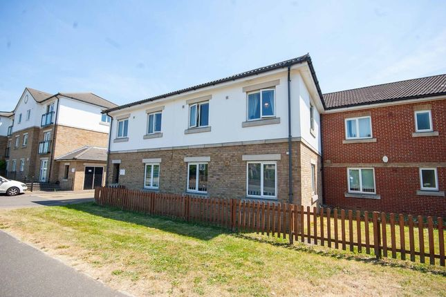 2 bed flat for sale in Springfield Road, Chelmsford CM2