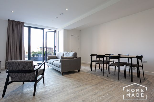 Thumbnail Mews house to rent in Oxbow, Salford