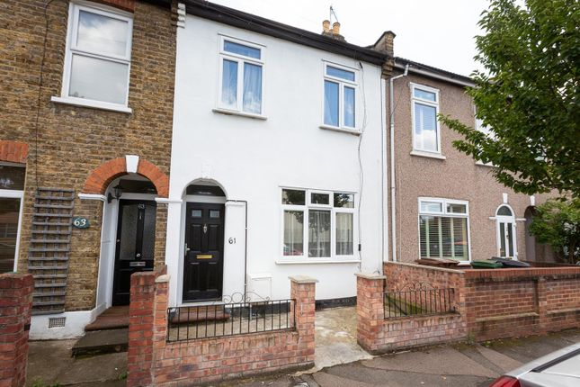 Thumbnail Terraced house for sale in Byron Road, London