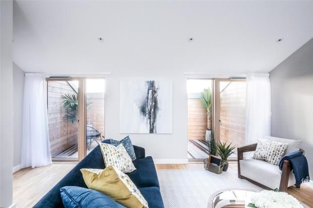 Thumbnail Flat for sale in Brouard Court, St Mark's Square, Bromley