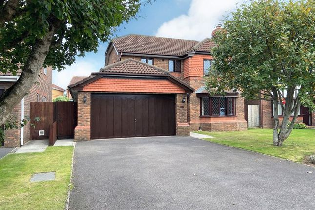 Thumbnail Detached house to rent in Peile Drive, Taunton