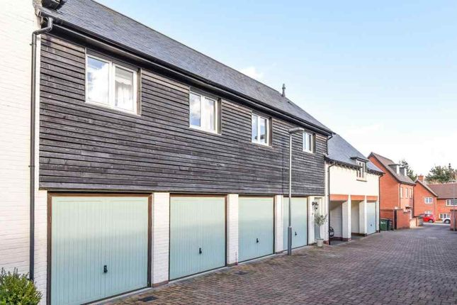 Thumbnail Maisonette to rent in Wykeham Way, Winchester