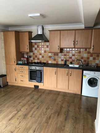 Thumbnail Flat to rent in Eastfield Road, Burnham