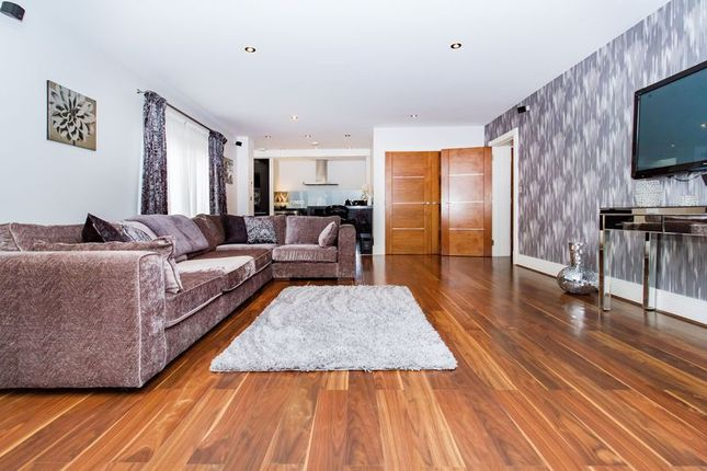 Thumbnail 2 bedroom flat to rent in Manor Hall, Manor Road, Chigwell