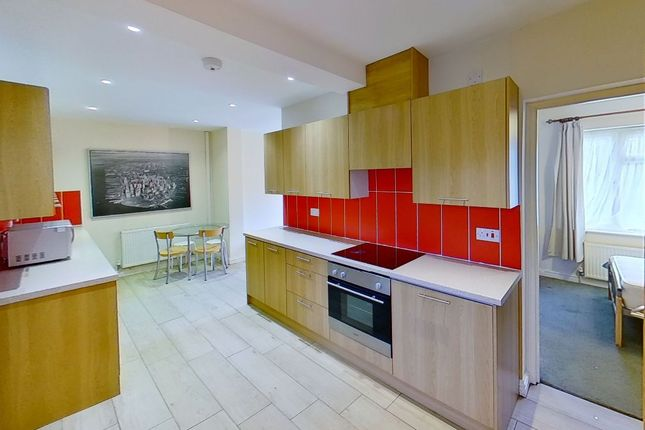 Thumbnail Semi-detached house to rent in The Chase, Guildford