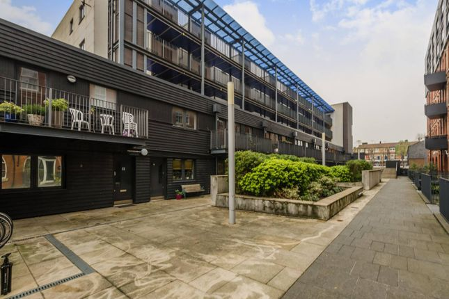 1 bed flat for sale in Rothsay Street, London Bridge ...
