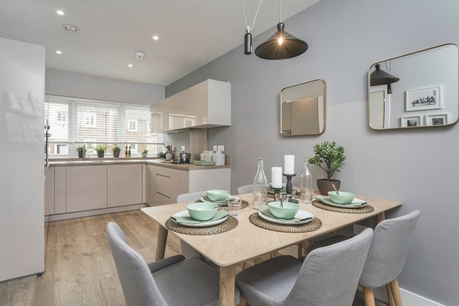 Thumbnail Terraced house for sale in Broadwater Gardens, London