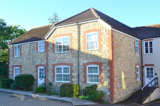 Thumbnail Flat to rent in 29 Vineys Yard, Bruton, Somerset