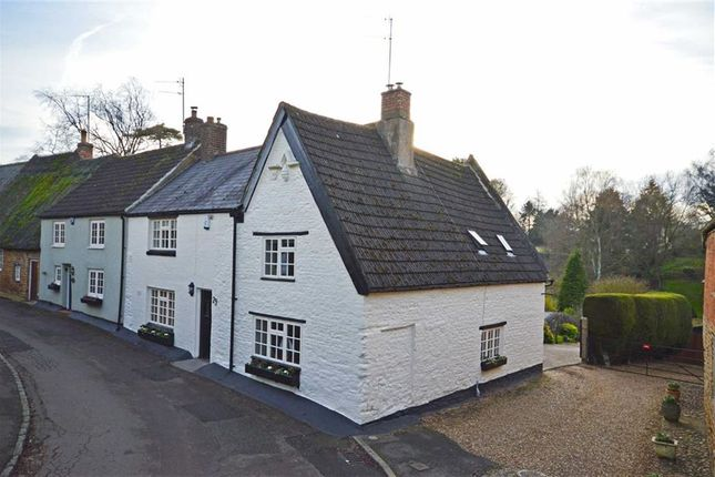 Thumbnail Cottage for sale in Ladys Lane, Mears Ashby, Northampton