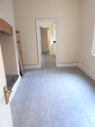 Thumbnail Flat to rent in Abbey Road, Barrow In Furness