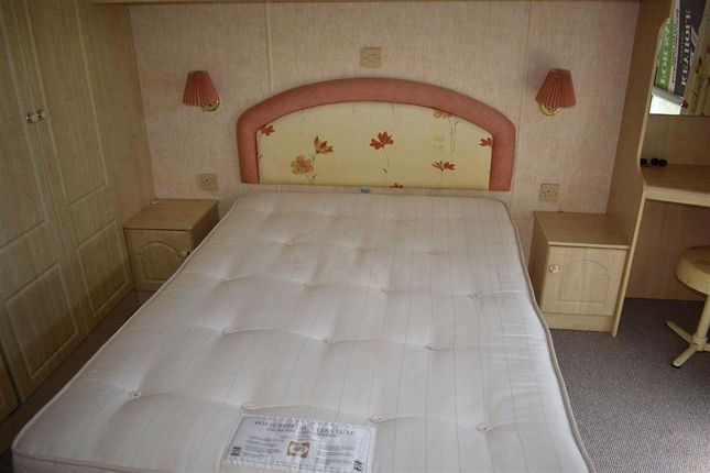 Bedroom 1 of Sandholme Lane, Leven, Beverley HU17