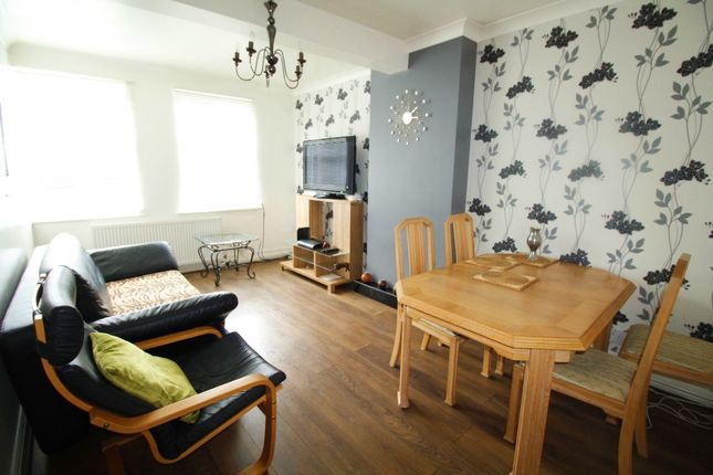 Thumbnail Flat to rent in Well Hall Road, London