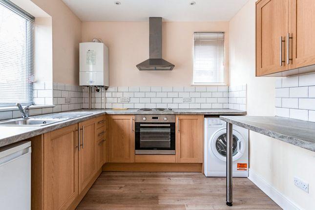 Flat to rent in Tarring Road, Broadwater, Worthing