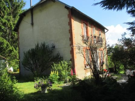 4 bed country house for sale in Saint-Setiers, Limousin, 19290, France