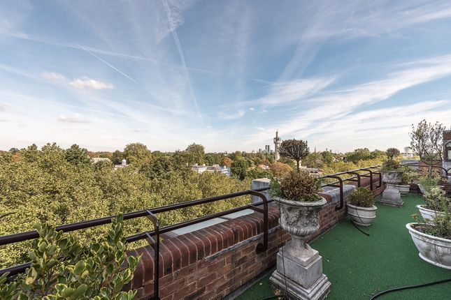 Thumbnail Flat to rent in Beverly House, Park Road, London