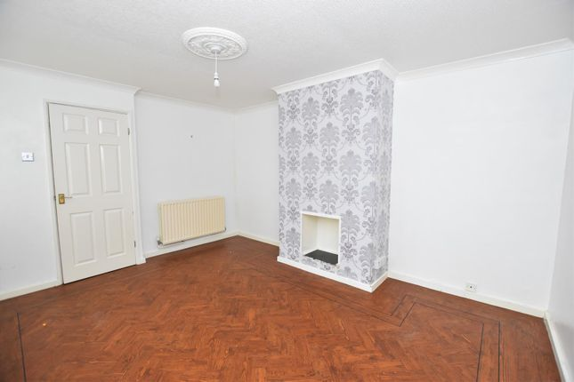 Lounge of Milton Drive, Worksop S81