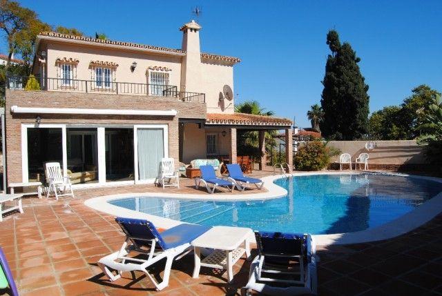 5 bed villa for sale in Spain, Málaga, Torremolinos