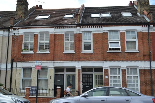 Thumbnail Flat to rent in Coverton Road, Tooting, London, Wandsworth