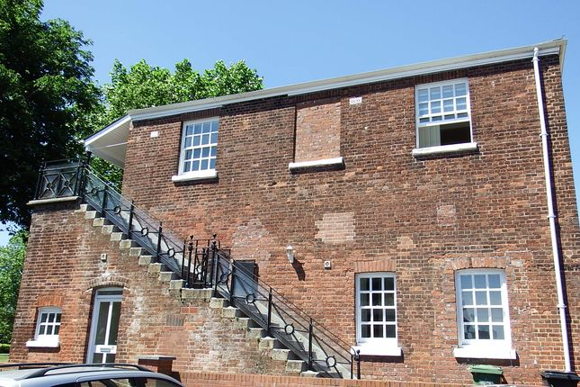 Thumbnail Town house to rent in Horseguards, Exeter