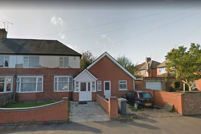Thumbnail Bungalow to rent in Barbara Road, Leicester