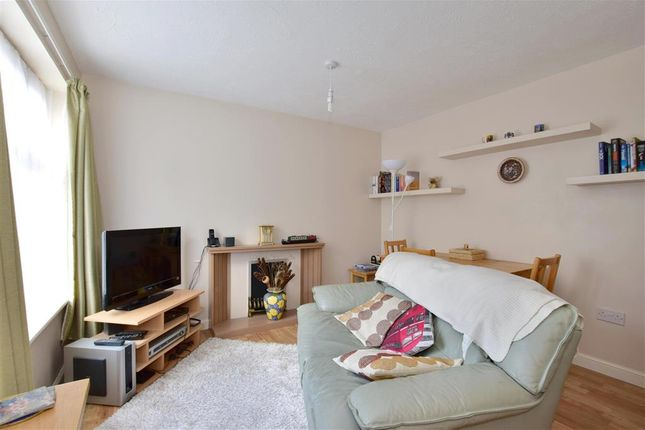 Thumbnail Terraced house for sale in Hill Top, Tonbridge, Kent