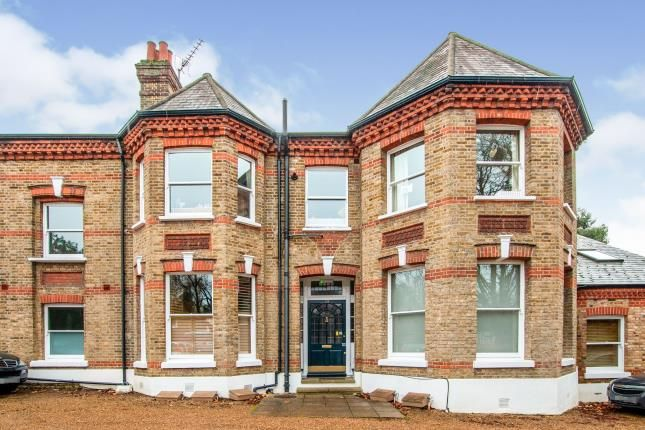 Thumbnail Flat for sale in Radcliffe Road, Croydon