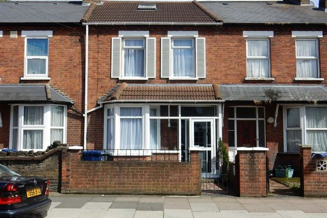 Thumbnail Terraced house to rent in Regina Road, Southall, Middlesex