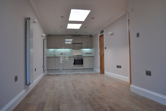 1 bed flat to rent in Brick Lane, London E1