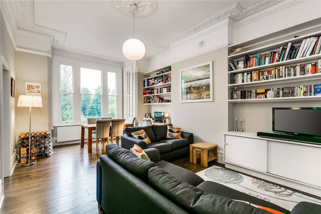 2 bed flat for sale in Trinity Rise, London