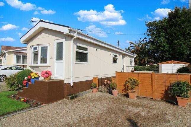 Mobile/park home for sale in Grosvenor Park, Boroughbridge Road, Ripon, North Yorkshire