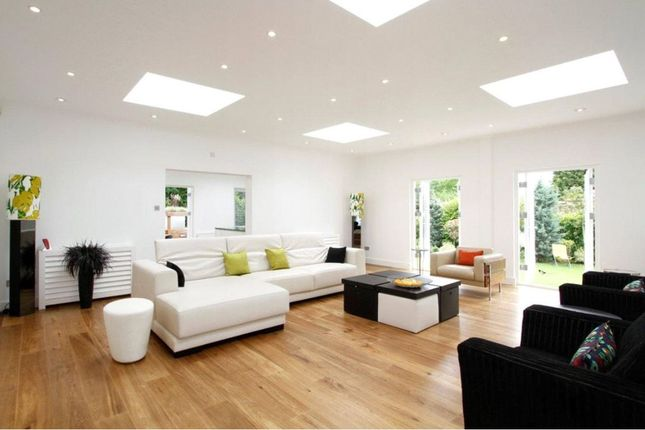 Thumbnail Barn conversion to rent in Coombe Park, Kingston Upon Thames