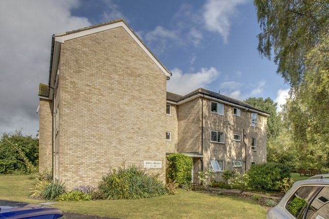 1 bed flat for sale in Ashley Houses, Rushburn, Wooburn Green, Buckinghamshire HP10