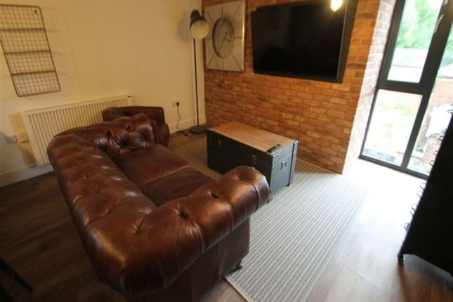 Thumbnail Flat to rent in The Grid, Moorland Avenue, Leeds