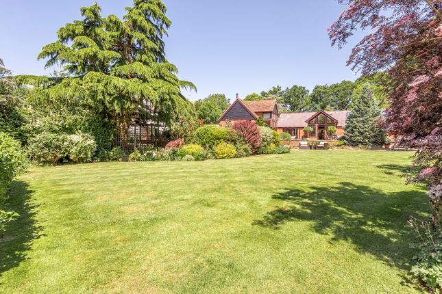 Thumbnail Barn conversion for sale in Carters Hill, Arborfield, Reading