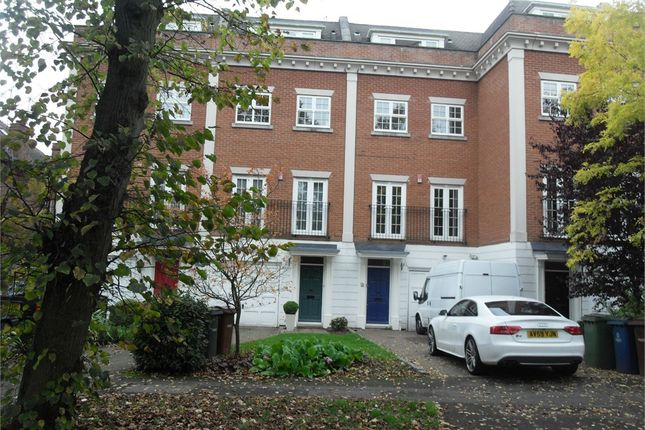 Thumbnail Town house to rent in Harrow On The Hill, Middlesex