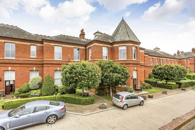 Thumbnail Flat for sale in Richmond Drive, Woodford Green