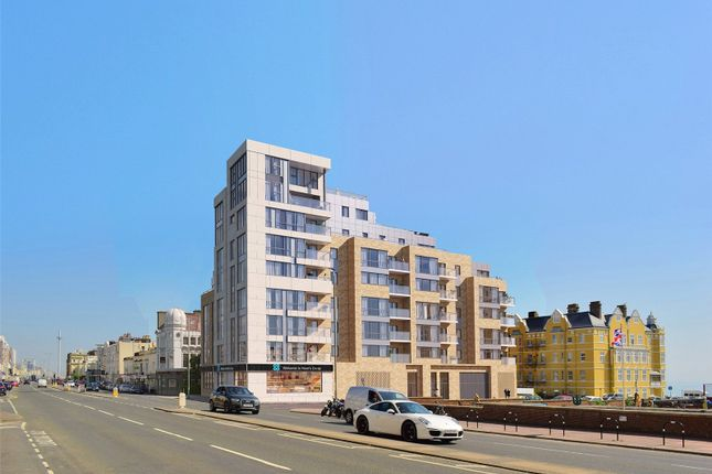 Thumbnail Flat for sale in Kingsway, Hove, East Sussex