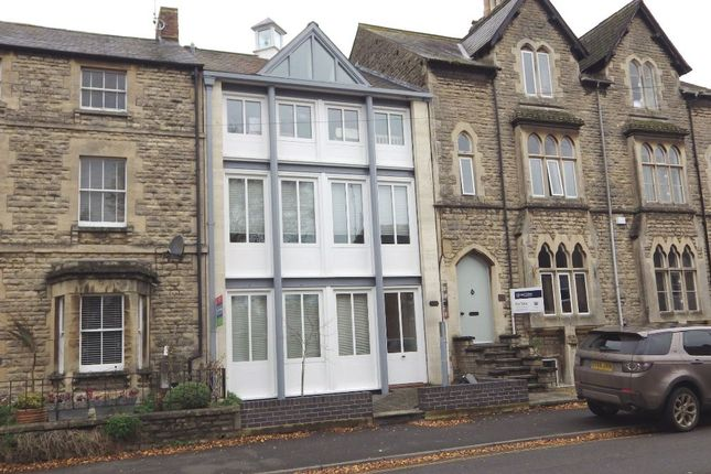 Thumbnail Flat to rent in Victoria Road, Cirencester