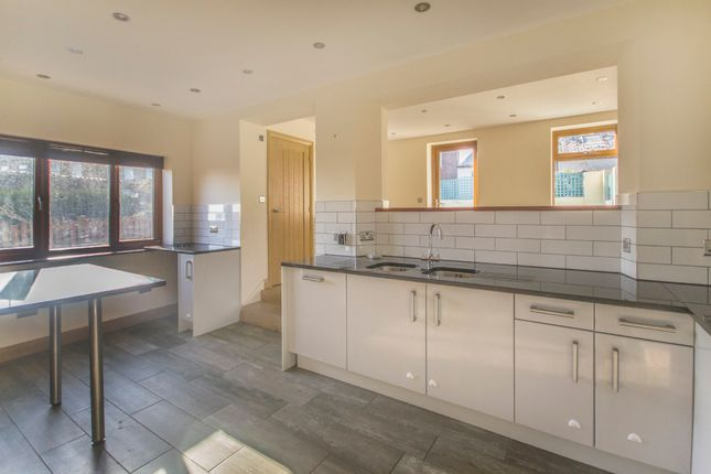 Thumbnail Semi-detached house for sale in Spencer Street, Skelmanthorpe, Huddersfield