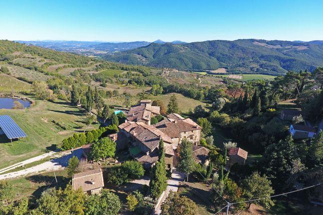 Thumbnail Farm for sale in Citta' DI Castello, Città di Castello, Perugia, Umbria, Italy