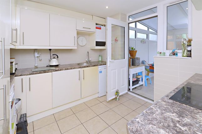 Kitchen of Gateshead Road, Borehamwood WD6