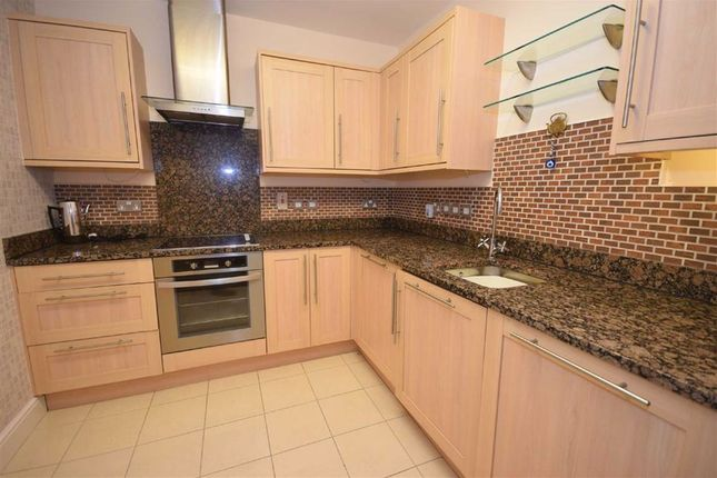 Thumbnail Flat to rent in Horsley Hill Road, South Shields