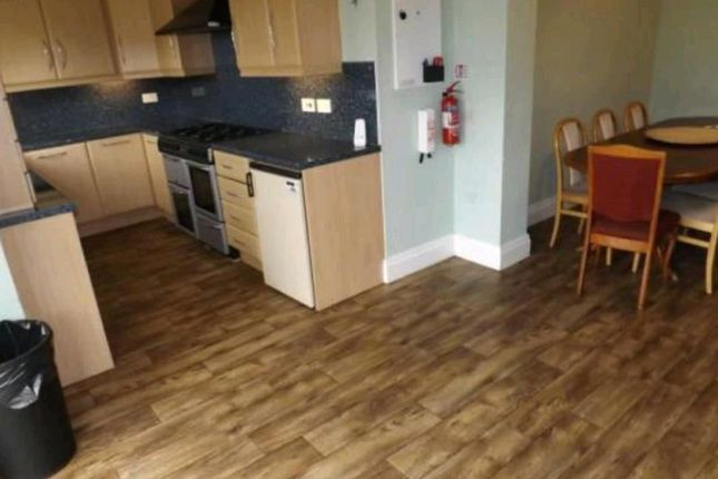 Thumbnail Property to rent in Wellington Road, Fallowfield, Manchester