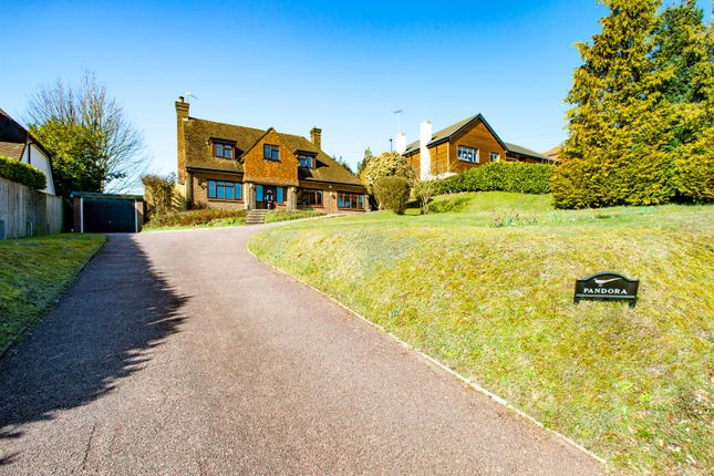 Thumbnail Detached house to rent in The Hillside, Orpington