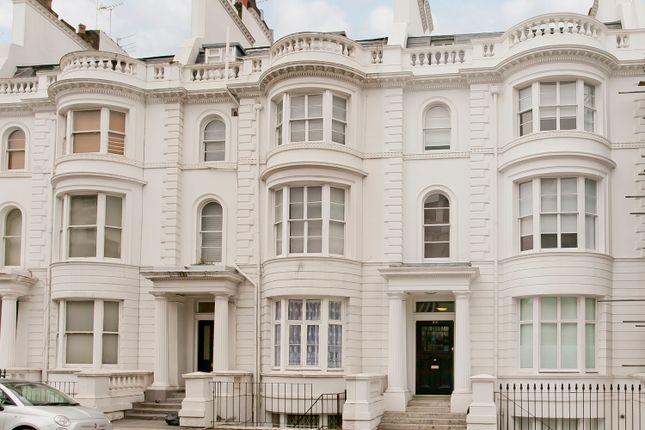 Thumbnail Flat to rent in Gloucester Terrace, Paddington