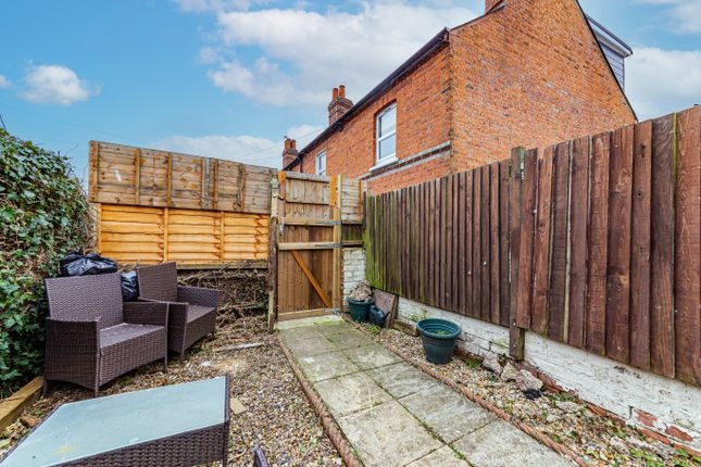 Garden 2 of Waldeck Street, Reading, Berkshire RG1