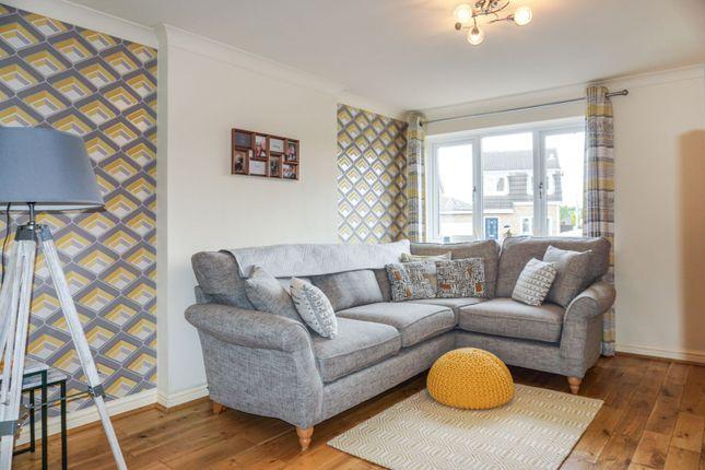 Lounge of Rockwood Crescent, Calder Grove, Wakefield WF4